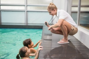 07.15.15_Can-Swim-Lessons-Make-Your-Child-Smarter_33893140_s-300x200
