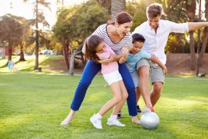12.02.15_6-Exercise-Ideas-for-a-Healthier-Family_31065822_s-300x200